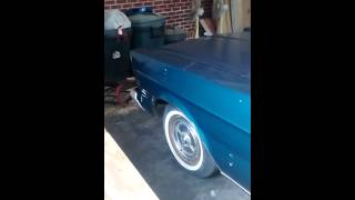 1965 Ford Galaxie 500 with no exhaust