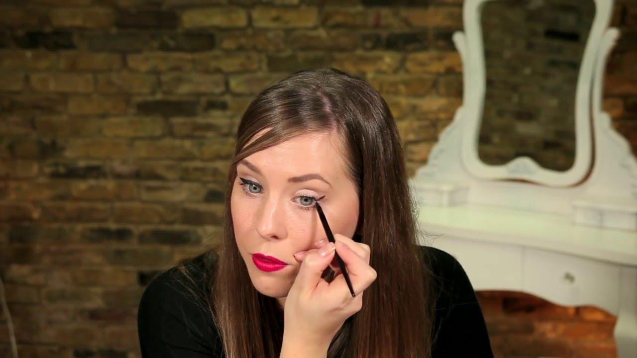 bf4d9777e98 How To Use Supercurler Extreme Black Mascara   Rimmel London - YouTube