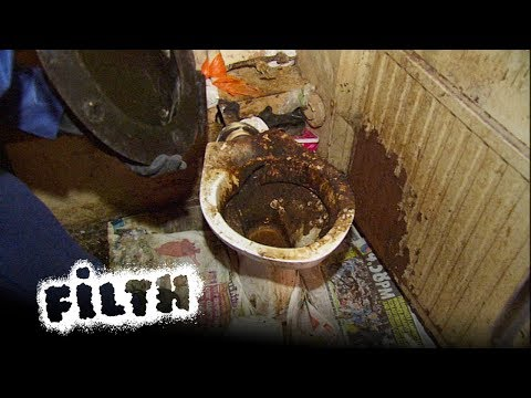 The Worst Toilet In The UK | Extreme Cleaning