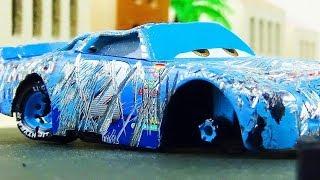 Cal Weathers Crash & Repair!  Disney Cars Toys Video for Kids