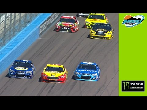 Three-wide racing for the lead in Phoenix