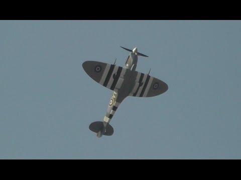 Supermarine Spitfire Mk XVI + Display Flight + Pure Merlin Sound