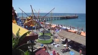 Отдых в Лоо видео пляжей(Пляж отдых в Лоо видео обзор снятое видео отдыхающими на центральном пляже в Лоо. Развлечения в Лоо морские..., 2016-06-26T16:31:30.000Z)