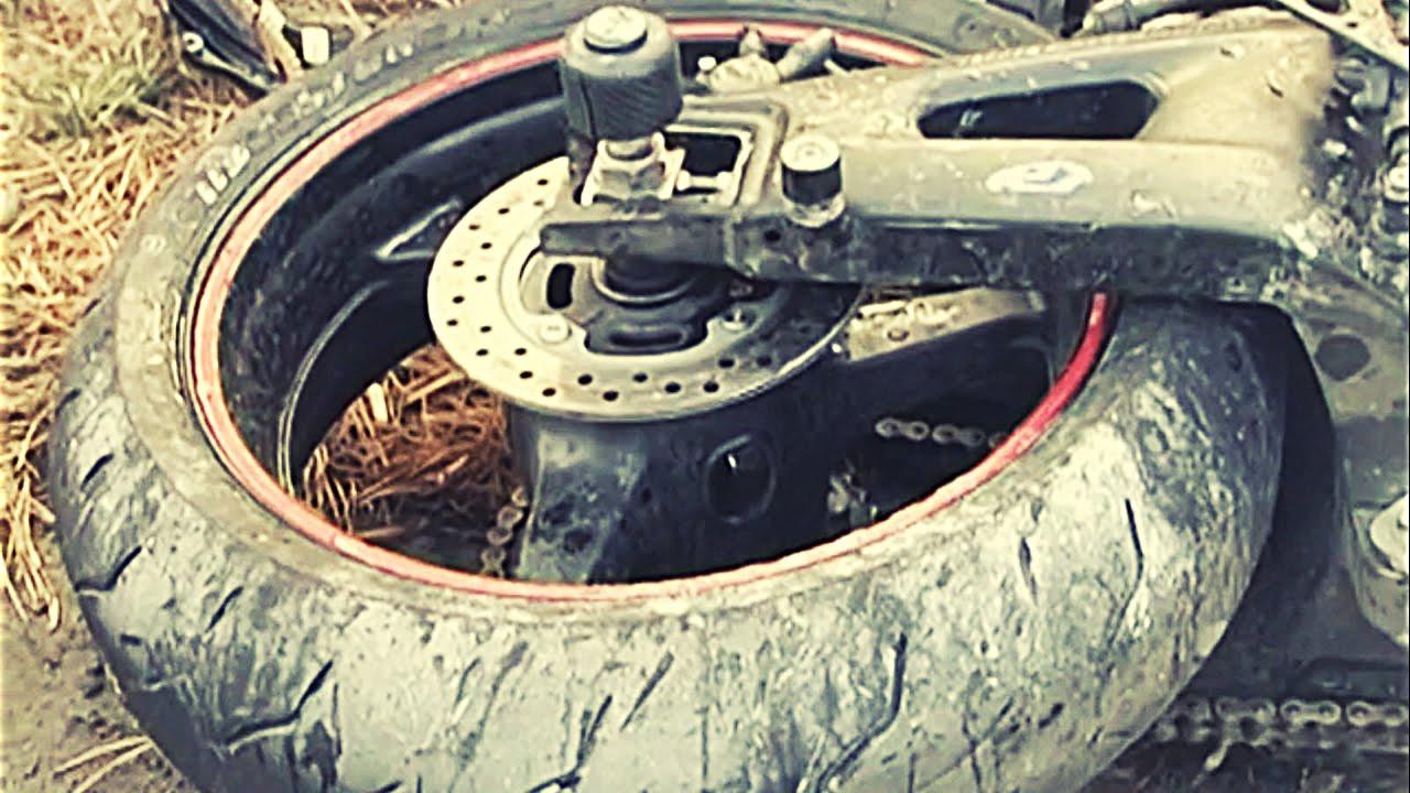 В Страшной Аварии Погиб Мотоциклист и Девушка-Пассажир KIA.