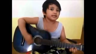 KEREN... Anak Kecil PIntar Memainkan Gitar