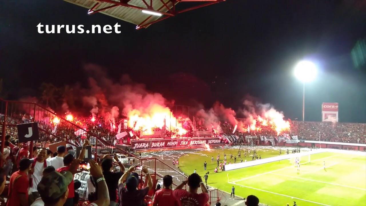 Bali United FC vs. Persija Jakarta - YouTube