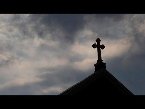 301 padres da Pensilvânia acusados de pedofilia
