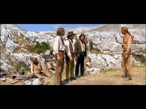 Bud Spencer e Terence Hill - Trinità incontra i banditi nel deserto e li fa picchiare tra loro
