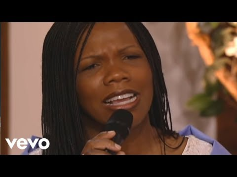 Lynda Randle - God On the Mountain (Live)