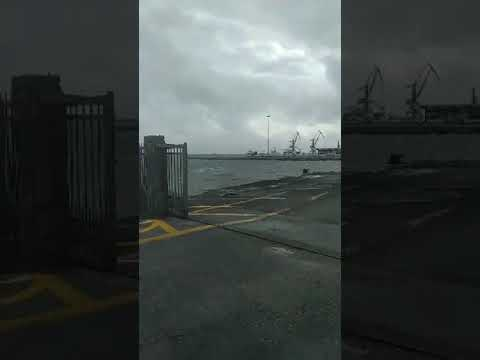Οι άνεμοι προκαλούν προβλήματα στις ακτοπλοϊκές συγκοινωνίες
