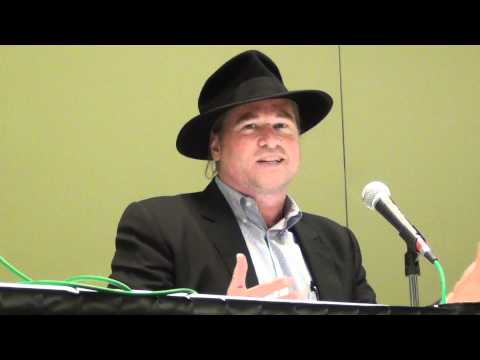 Val Kilmer Talks about Batman  2012 C2E2