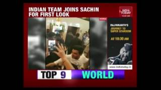 Sachin Hosts Premier Of 'Sachin   A Billion Dream' For Indian Team