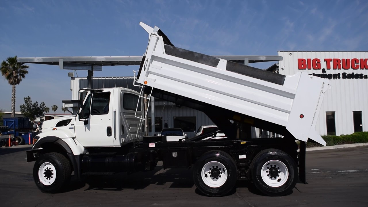 2008 International Workstar 7400 6x6 14' Dump Truck