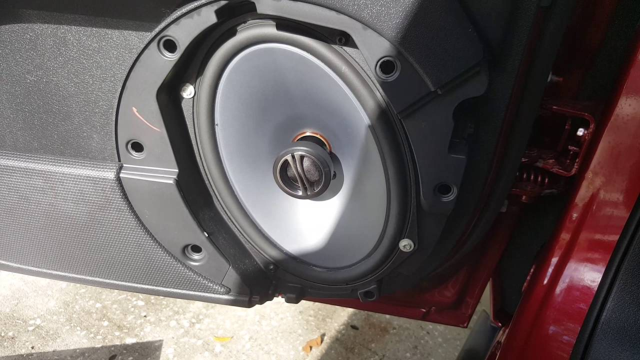 Jeep Patriot Factory Speakers Vs Alpine Spe 6090 Youtube