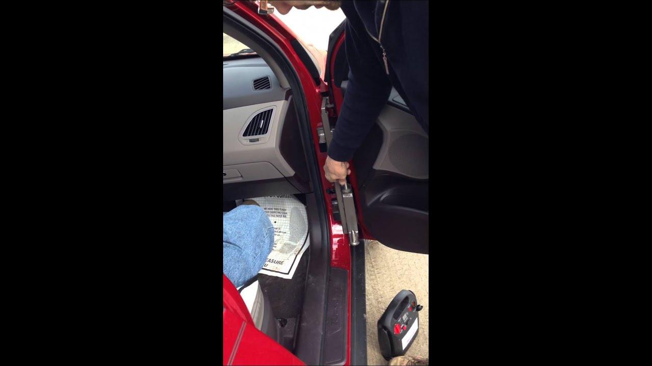 Speedy-Bar Placement for Hyundai Tucson/Kia Sportage (Interior View)IMG 6143