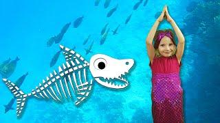 Baby Shark Sing and Dance! | Halloween Skeleton Song | Mermaid Alinka playing Hide and Seek