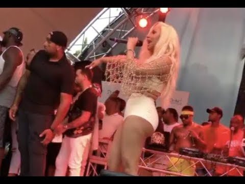 Cardi B Goes Off When Fan Throws Champaign On Stage At Her Family