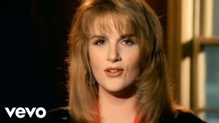 Watch Trisha Yearwood Walkaway Joe video