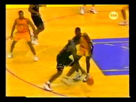 Elton Brand sick poster dunk on Shaq...DAMN!!