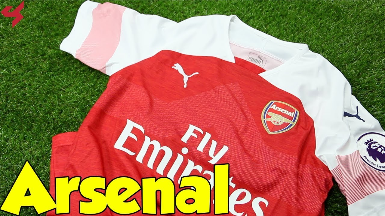 1b5d29ed8 Puma Arsenal Özil 2018 19 Home Soccer Jersey Unboxing + Review - YouTube