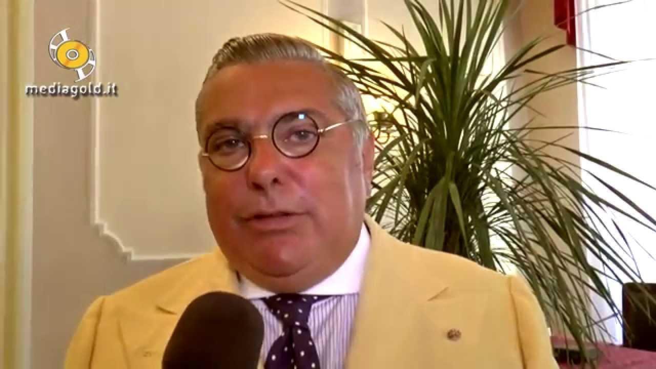 """Consegnato l'""""Alassino d'oro"""" all'ambasciatore del Belize S.E. Nunzio Alfredo D'Angieri: video #1"""