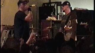 HATEBREED burial for the living LIVE IN WEST VIRGINIA 2003
