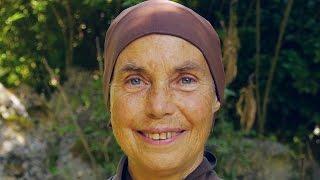 2015.12.24 Christmas Eve Dharma Talk from Plum Village - Sister Jina (Chan Dieu Nghiem)