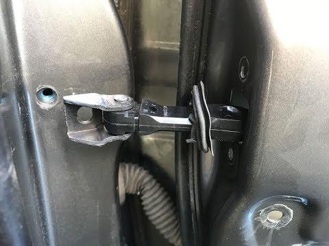 Ограничитель передней двери в Тойота Камри XV30 (ACV30L) от VAG