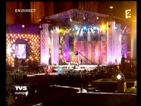 Youtube: MC SOLAAR – AU PAYS DE GANDHI«LIVE PERFORMANCE»