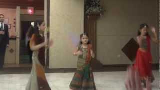 Lala ne makhan bhave re dance