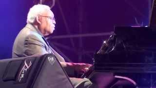 Ellis Marsalis Trio & Jason Marsalis -- Tell Me A Bedtime Story (Taichung Jazz Festival 2012)