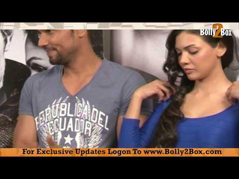murder 3 fame sara loren getting naughty with randeep