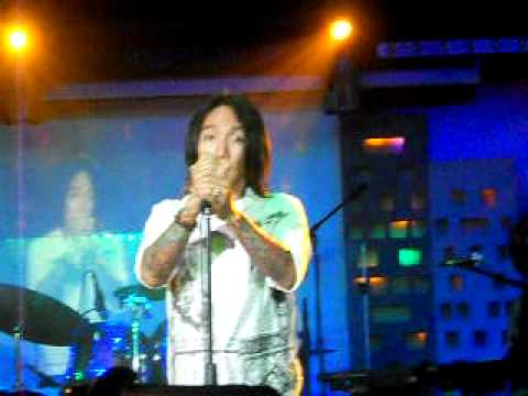 Arnel Pineda MORE THAN YOULL EVER KNOW  Michel Ruff