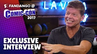 Film Adaptations with Deadpool Creator Rob Liefeld | Comic-Con 2017 thumbnail
