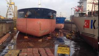 DRY DOCK WORLD - DUBAI