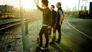 Extraordinary Girl - Green Day (ingles/español)