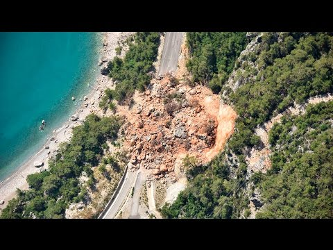 what-causes-a-landslide?-|-natural-disasters