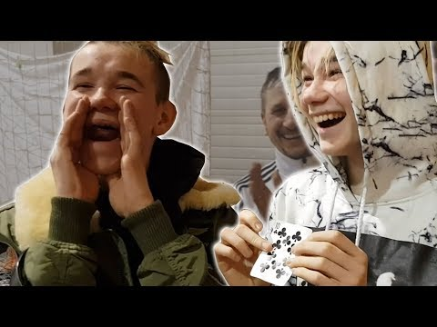 Star-Duo Marcus and Martinus show Magic Tricks to Magicians