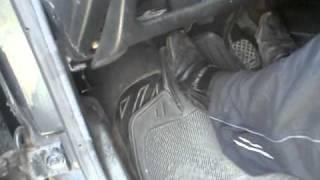 Audi-80 шум выжимного подшипника.MP4