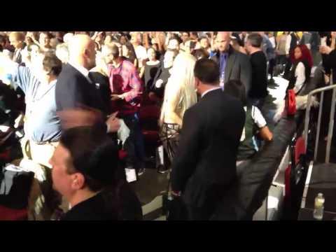 Lady Gaga dancing to