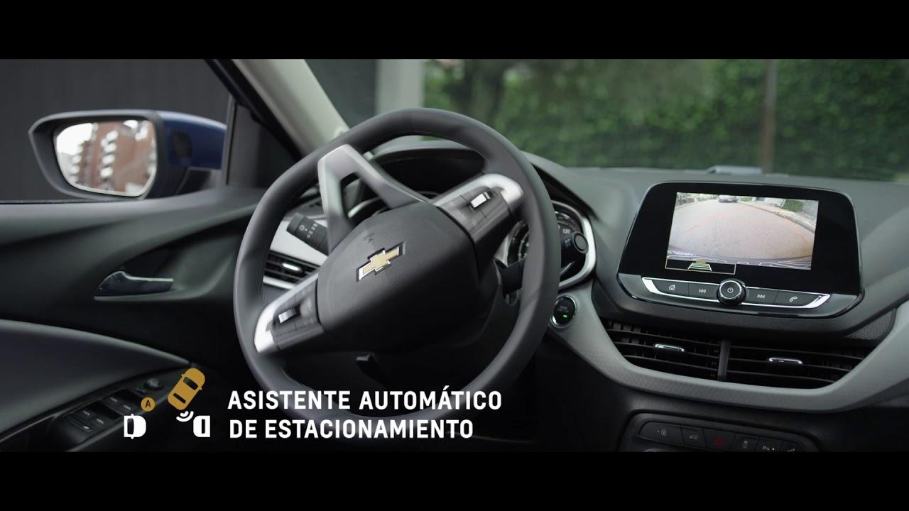 Nuevo Chevrolet Onix l Asistente de estacionamiento - YouTube