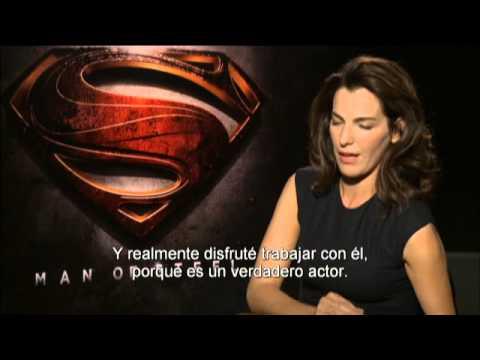 """""""El Hombre de Acero"""". Entrevista Ayelet Zurer. Oficial Warner Bros. Pictures. (Subtitulado)"""