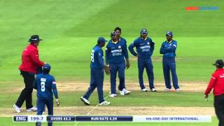 Popular Run out & Wicket videos