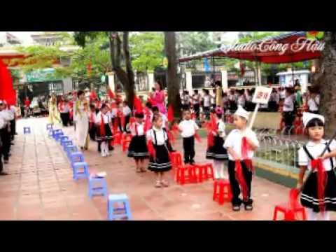Khai giảng trường tiểu học Bạch Đằng