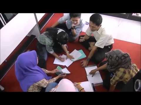 PPKD JakTim English Program Bahasa Inggris