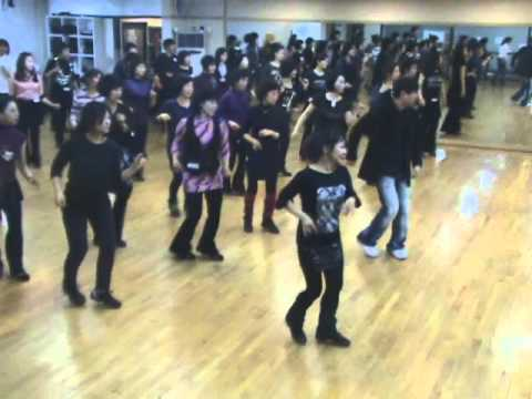 I Love A Rainy Night - Line Dance (Demo & Walk Through)