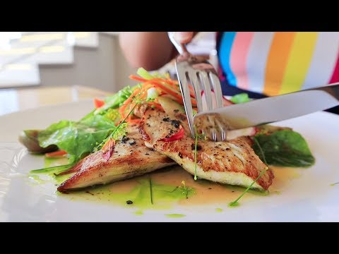 Anguilla Food: How To Cook PERFECT Mahi Mahi With Five-Star Chefs Lester & Manuel At The Reef