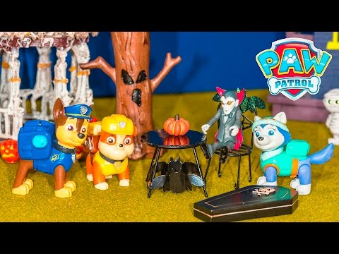 PAW PATROL Nickelodeon Paw Patrol Halloween Trick or Treating a Paw Patrol Video Parody