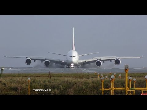 Airbus a380 landing This Is What Professionals pilots Do on wet runway