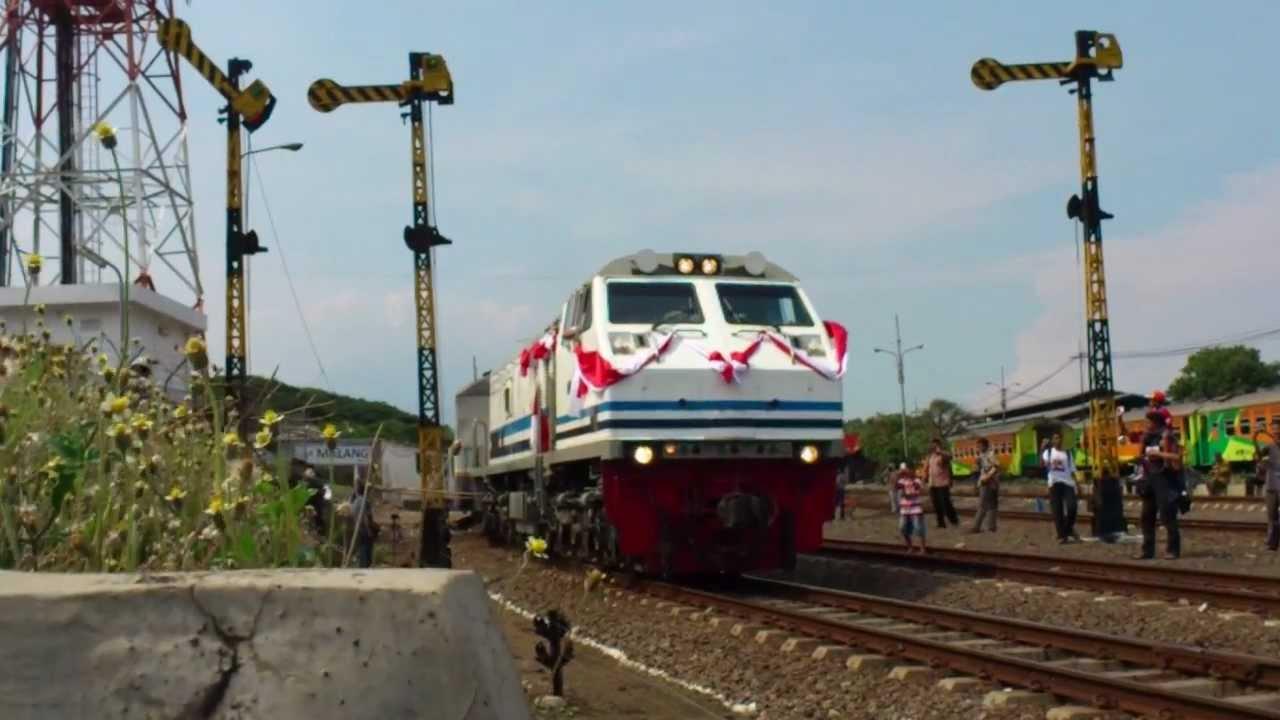 Ulang Tahun Kereta Api Eksekutif Gajayana Ke-13 - YouTube